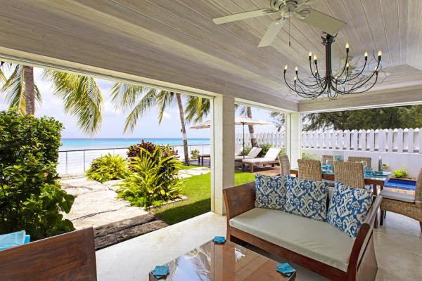 Beachfront - Radwood Beach House 2