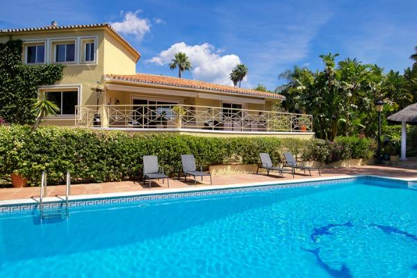 Villa Sarah - Nagueles, Marbella